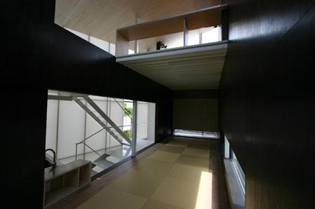 2f-nihei-web.jpg